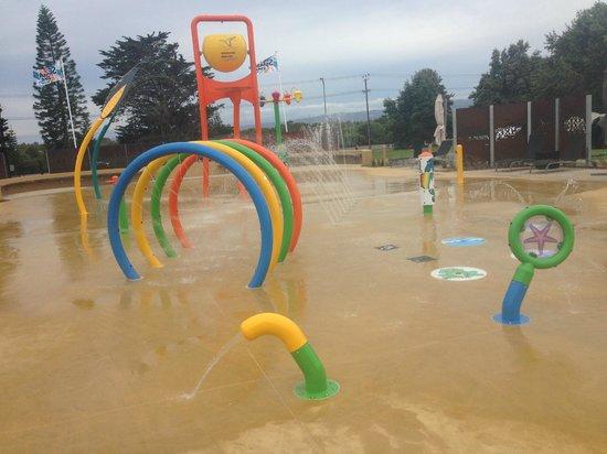 Adelaide Shores Caravan Park: Water Play Park
