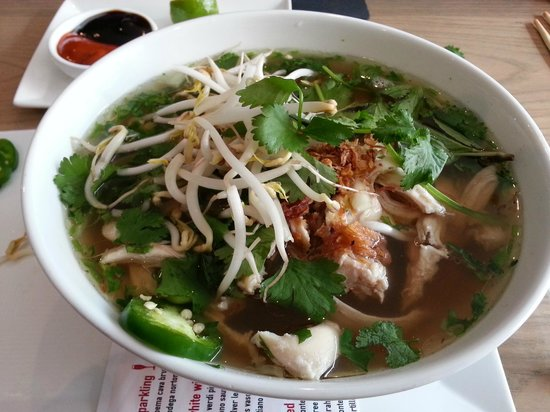 Co Banh Mi Noodles Bar : My Pho Ga after tossing in the accompaniments