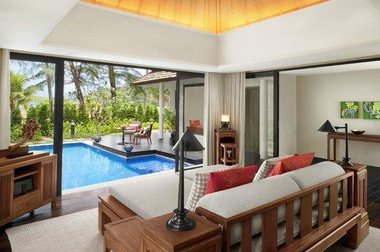 Anantara Layan Phuket Resort: Beachfront Layan Pool Villa - Living Room