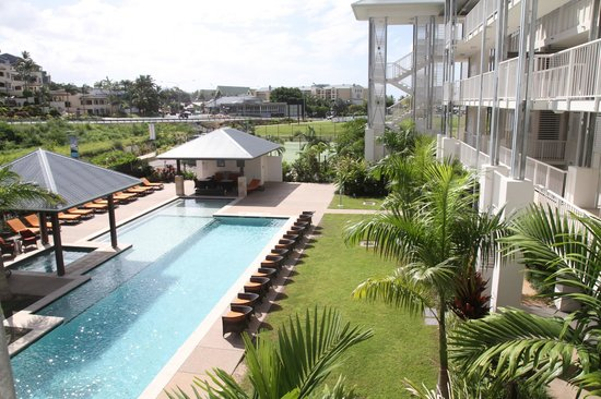 Mantra Boathouse Apartments: pool area