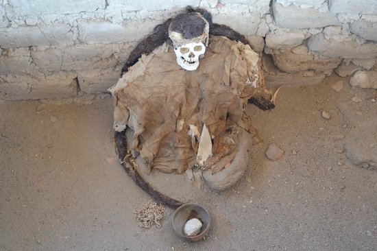 Cementerio Chauchilla : Tomb