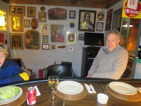 Maison Madeleine: Dinner in the Jesus bar