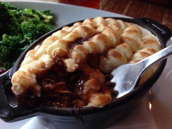 Three Tuns: Cottage pie, sooo good!