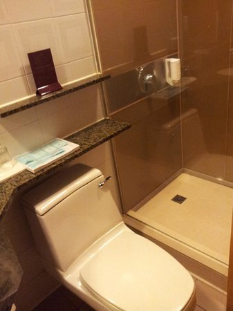 Stanford Hotel Hong Kong: bathroom