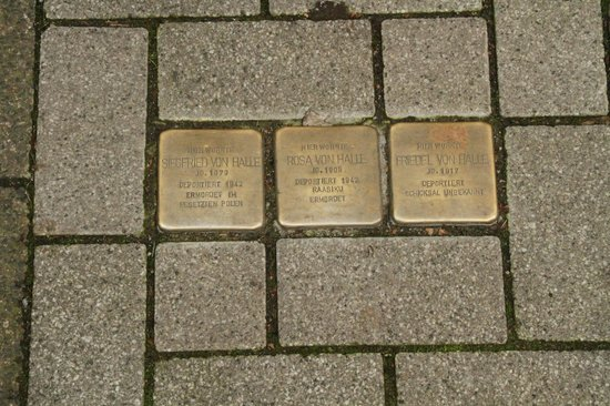 Frankfurt on Foot Walking Tours : Names of people died in Germany during WWII
