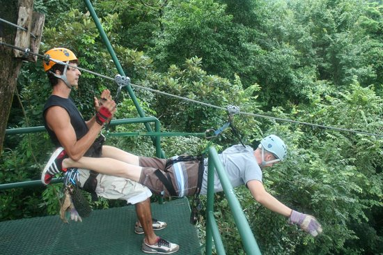 Florblanca Resort : Superman Zipline