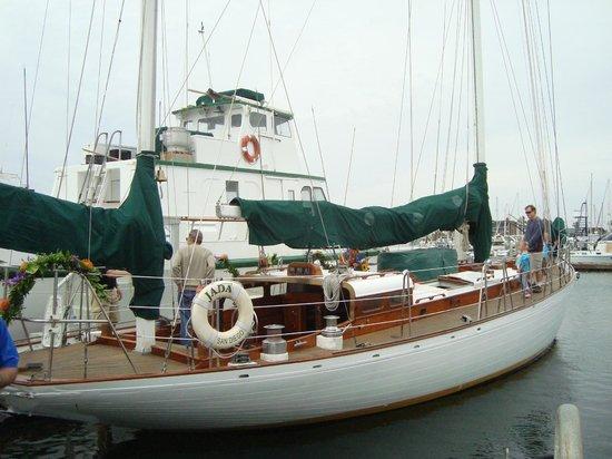 Sail Jada Charters: Jada