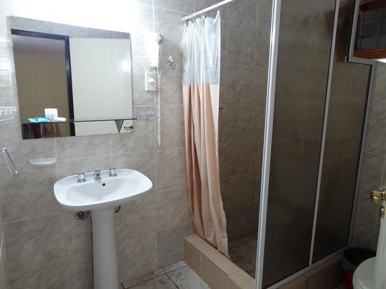 Bosetti Apart Hotel : petite mais fonctionnelle, pas trop de place pour ses affaires