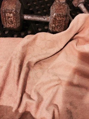 Hotel Punta Teonoste : Dirty towel and dumbbell