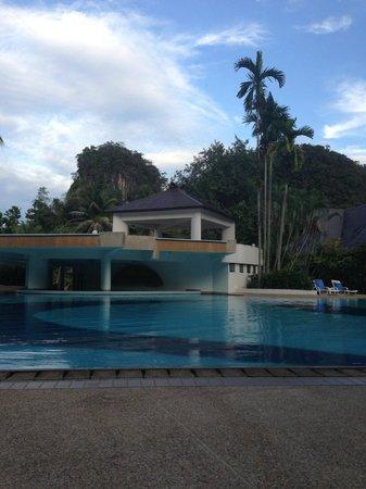 Maritime Park & Spa Resort: К сожалению, фото с водопадом нет. Второй этаж - водопад.