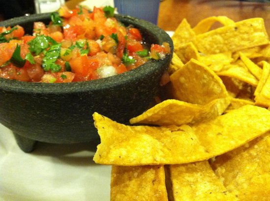 Picante: Salsa Fresca and Chips