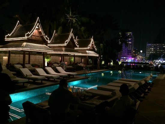 The Peninsula Bangkok: プール