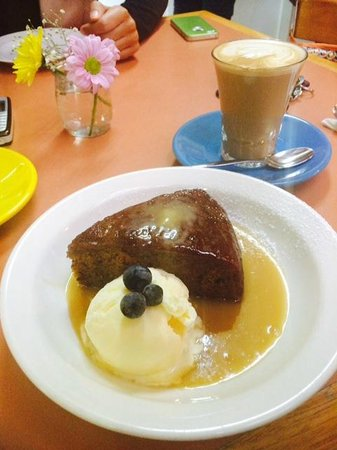 Topiary: Sticky date pudding