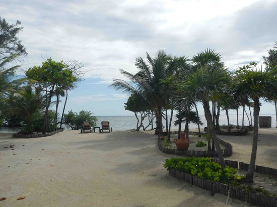 Barefoot Cay Resort: Beach view