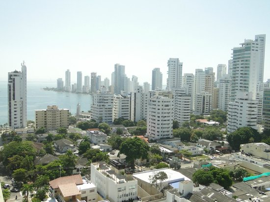 Hampton by Hilton Cartagena : Vista do Lobby