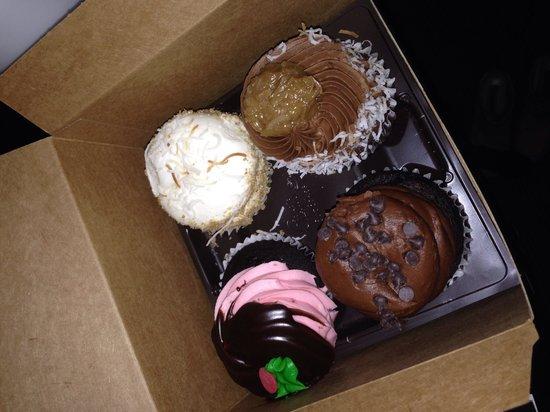 Gigi's Cupcakes : One wasn't enough