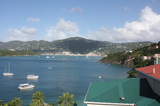Frenchman's Reef & Morning Star Marriott Beach Resort : Room View of Harbor