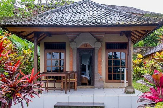 Taman Indrakila : Room ouside