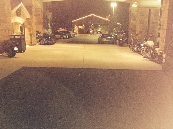Evangeline Downs Hotel: Our bikes outside parked!