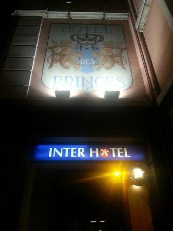 Hotel des Princes: Insegna hotel