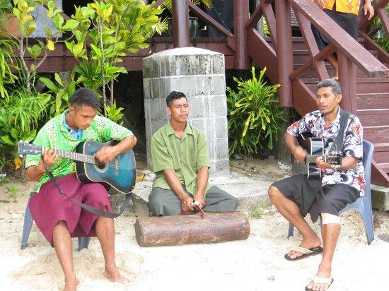 Le Lagoto Resort & Spa : String band