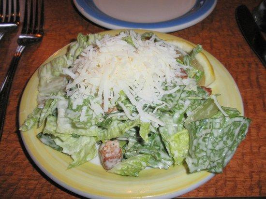 Melissa's Restaurant and Bar: シーザーサラダ