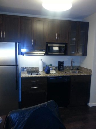 Hyatt House Philadelphia/King of Prussia : Kitchenette