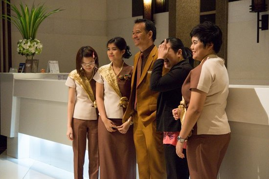 Majestic Grande Hotel: The staff the had to work over the new year