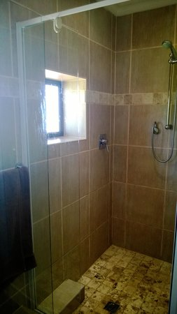 Stephans Guesthouse: Shower