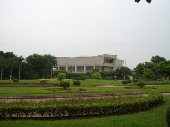 Ho Chi Minh Presidential Palace Historical Site: ホー チ ミン生家