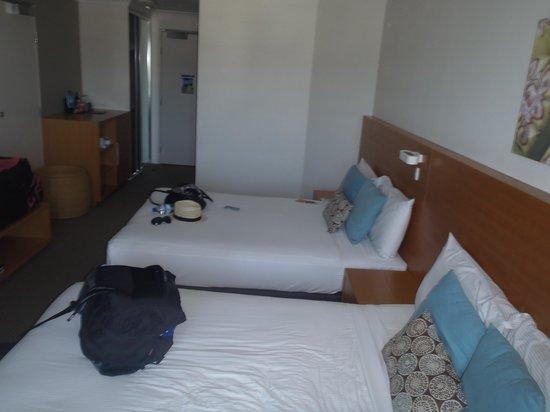 Novotel Cairns Oasis Resort: room