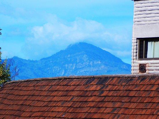 Sarova Salt Lick Game Lodge: Taita Hills seen from Lodge