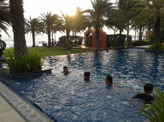 Marrakesh Hua Hin Resort & Spa: โยคะ