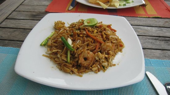The Sea House - Maldives: another yummy thai noodle