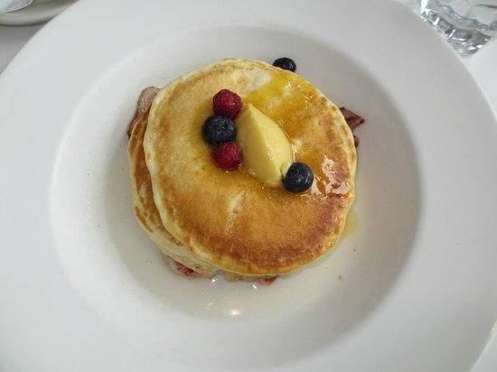 Wai Kitchen: Vanilla Pancakes