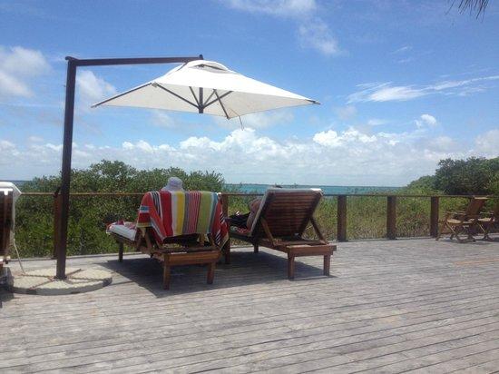 Rio Azul Lodge: Villa 2 Pool deck view