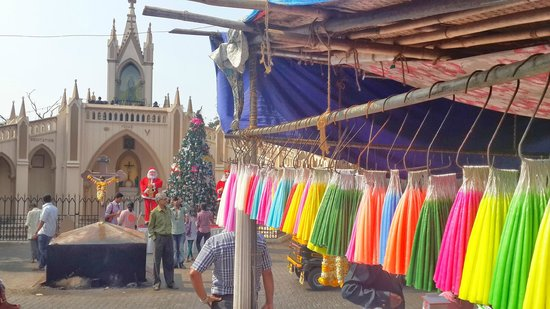 Mount Mary Church: Candel Stalls outside