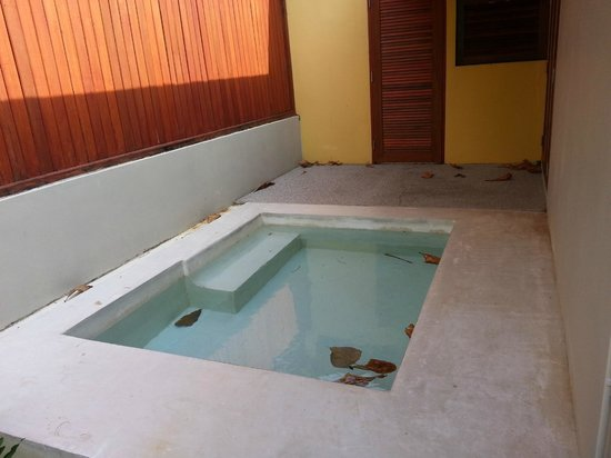 L'esprit de Naiyang Resort: Own personal plunge pool