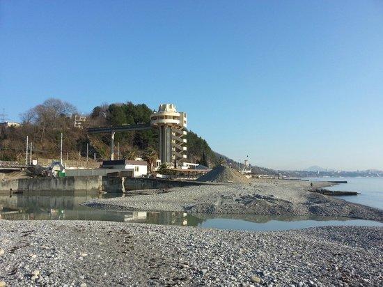 Dagomys Hotel: Лифт на пляж