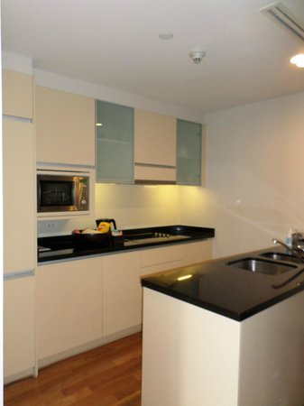 Fraser Suites Sukhumvit: Kitchen