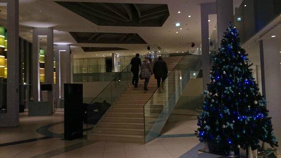 Radisson Blu Resort Split: hotel lobby