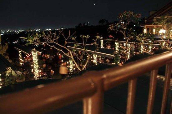 The Valley Resort Hotel: Romantic Dinner View