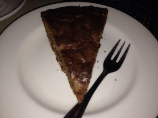 Taman Restaurant: banana cake at only 2$