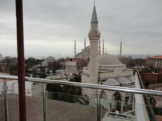 Ambassador Hotel : Part of the view from top floor breakfast room
