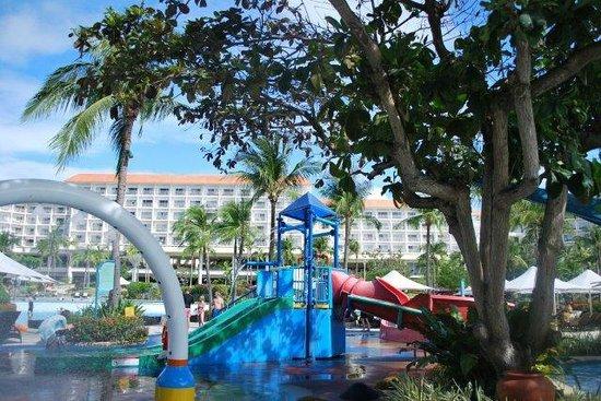 Shangri-La's Mactan Resort & Spa: Aquaplay