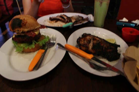 Naughty Nuri's Warung and Grill: Yummy!!!!!!!