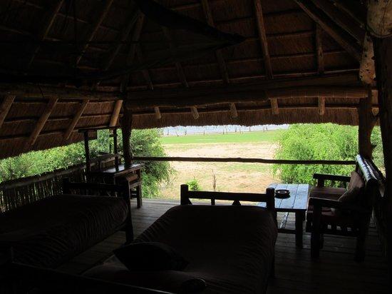 Rhino Safari Camp : Room