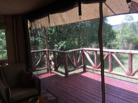 Neptune Mara Rianta Luxury Camp: 部屋の中から