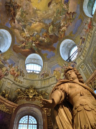 Nationalbibliothek: Fresco's en beeld