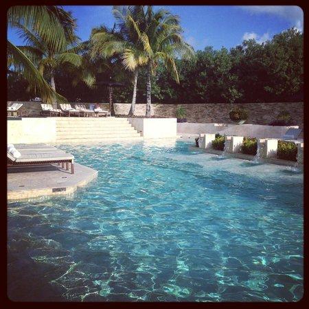 Rosewood Mayakobá: Swimming Pool at Casa del Lago